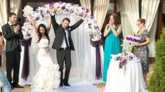 Нужно ли праздновать свадьбу или лучше просто расписаться