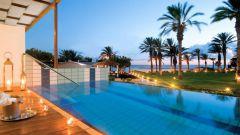 Отели Кипра с собственным пляжем: краткий обзор