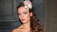 Ободок-шляпка - аксессуар для элегантных женщин