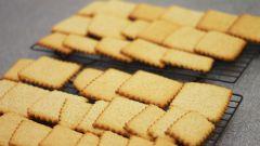 Как приготовить сладкие крекеры с имбирными цукатами