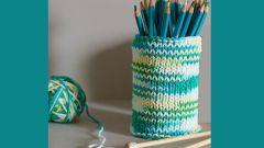 Как сделать декоративный стакан под карандаши просто и быстро