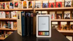 Какие произведения стоит обязательно закачать в электронную книгу