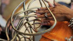 Кому принадлежат самые большие в мире ногти