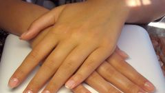 What are the benefits of strengthening natural nails with gel