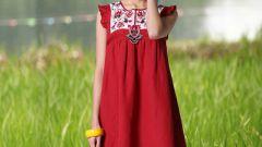Платья-трапеции: мода возвращается