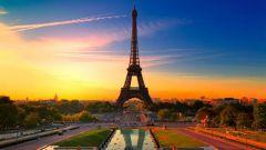 Сколько времени занимает перелет от Москвы до Парижа