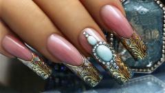 Роскошная тенденция – жидкий камень на ногтях