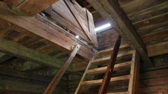 Как установить чердачный люк в потолок