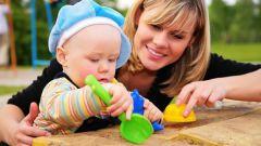 Чем занять ребенка в 1 год и 3 месяца