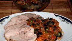 Жаркое из индейки с томатно-оливковым соусом