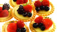 Тарталетки со сливочным сыром и ягодами