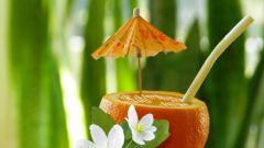 Насколько морс из домашнего варенья полезнее сока в тетрапаках
