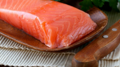 Как вкусно засолить лосося дома