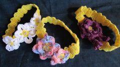 Как вяжется модная повязка на голову для девочки крючком