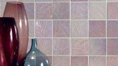 На что лучше класть керамическую плитку для стен