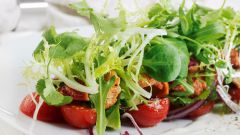 Вкусный острый салат