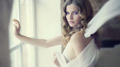 Каким должен быть макияж к белому платью