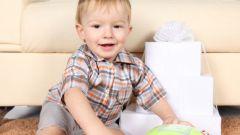 Какие игрушки давать ребенку после года