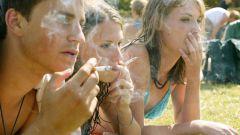 Почему подростки начинают курить