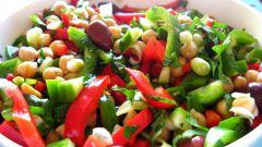 Как приготовить необычный праздничный салат