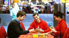 В какие игры поиграть в молодежной компании