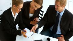 Как поддерживать деловые отношения
