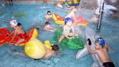 Как отметить день рождения в бассейне