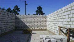 Из какого стройматериала дешевле построить дом