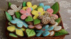 Как приготовить цветную сахарную глазурь