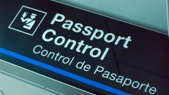 Как проходят паспортный контроль в аэропорту