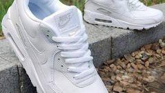 Легенды спортивной моды: белые кроссовки Найк