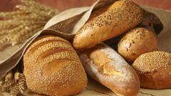 Нужно ли хлеб хранить в холодильнике