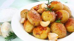 Картофель в мультиварке: способы приготовления