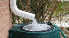 Бочка для воды на дачу: какую выбрать