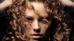 Как сделать волосы кудрявыми без химической завивки