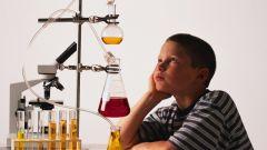 Юным химикам: безопасные эксперименты в домашних условиях