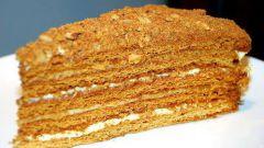 Как испечь медовый бисквит