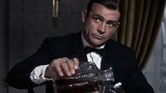 Какие любимые напитки Джеймса Бонда