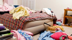 Why say that a messy house attracts trouble