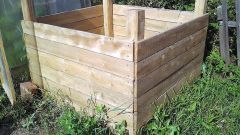 How to make a compost pit with their hands