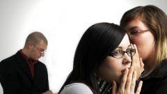 Следует ли коллег по работе посвящать в свою личную жизнь