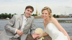 Почему девушкам в 18-20 лет так не терпится выйти замуж
