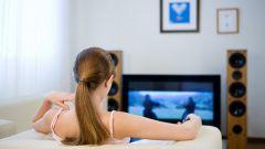 Как отвлечь девушку от сериалов