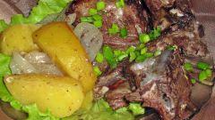 Ребра говяжьи, тушеные с картошкой