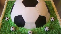 Торт «Футбольный мяч» для юных спортсменов
