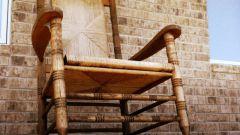Как быстро избавиться от старой мебели