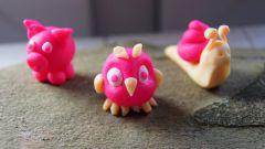 Как сделать из пластилина птичку