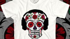 Тренды: ультрамодные футболки с черепом