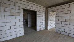 Как наносить раствор для штукатурки стен из пеноблоков