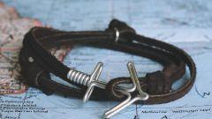 Морской тренд: браслеты с якорем